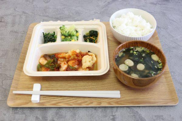 食事宅配サービスはカロリー制限食「nosh(ナッシュ)」がおすすめ!「エビのチリソース煮」を頂きました。